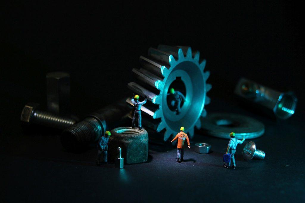 Werkzeug und Wartung in der Produktion